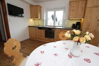 Kitchen and dining area holiday apartment 4 Elisabeth apartments