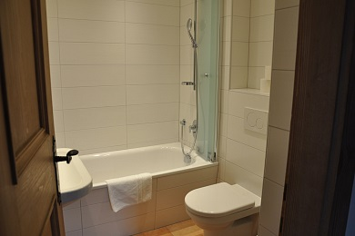 Lovely bathroom holiday apartment 2 Elisabeth apartments
